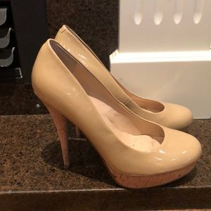 Guess nude pumps 8M